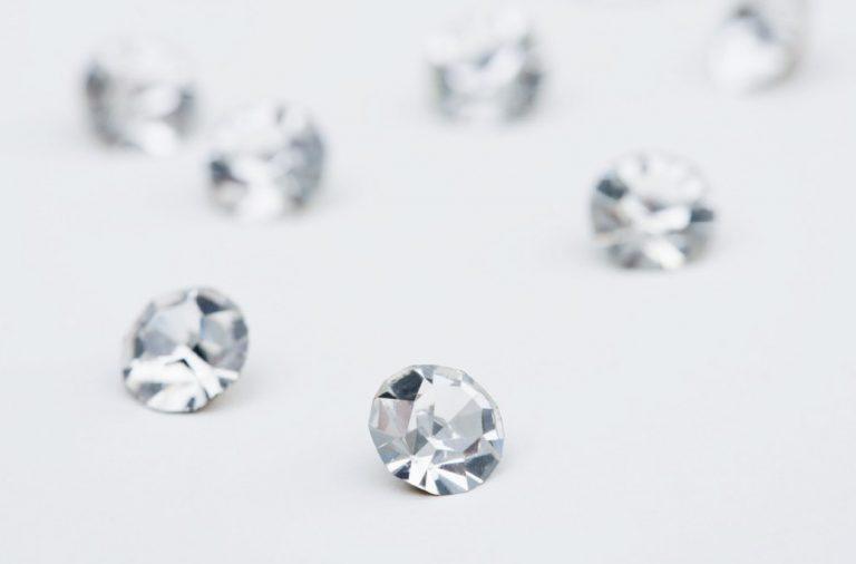 Know About The 4cs Diamond